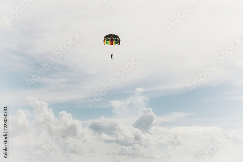 Foto op Canvas Luchtsport paragliding in the sky
