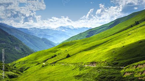 Foto auf Gartenposter Gebirge Alpine valley landscape. Scenery mountains on sunny bright day. Mountain landscape