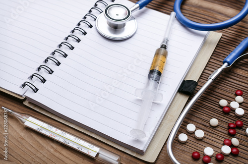 Fotografía  Medical diagnosis or doctor prescription mockup