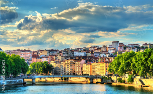 Foto op Plexiglas Europa Sunset above the Saone river in Lyon, France