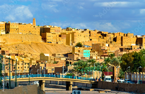 Staande foto Algerije View of Ghardaia, a city in the Mzab Valley. UNESCO world heritage in Algeria