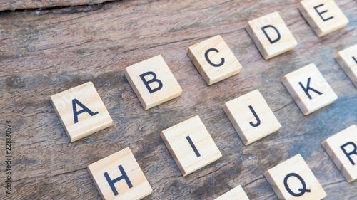 Valokuva  English language text print on square wood block A to Z