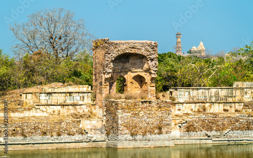 Deurstickers Asia land Old ruins at Chittor Fort in Chittorgarh city of India