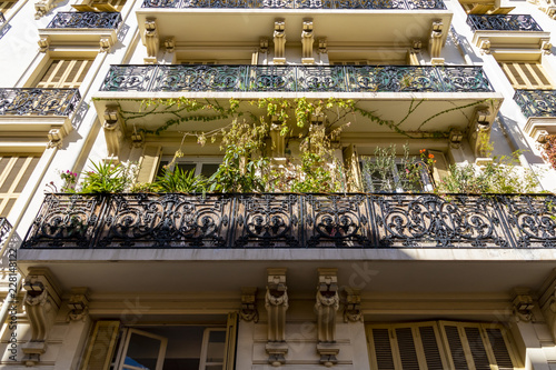 Photographie  Historic and beautifully decorated facade of a building in Nice, France