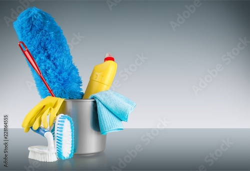 Fototapety, obrazy: Plastic bottle, cleaning sponge and gloves