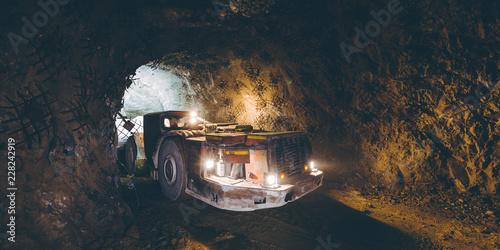 Fotografering Gold mining underground