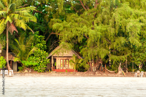 Fotomural Beach hut at the long beach named Ao Yai on the island Ko Phayam
