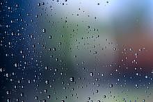 Gray Wet Background / Raindrop...