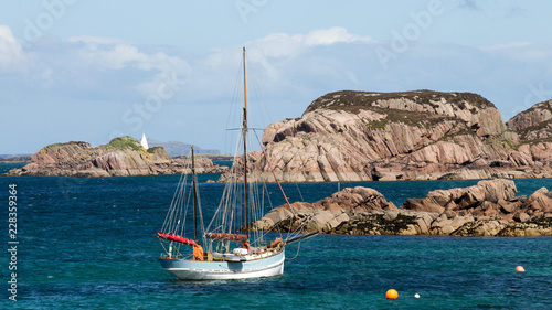 Fotografía Sailing boat, Iona, Mull, Scotland
