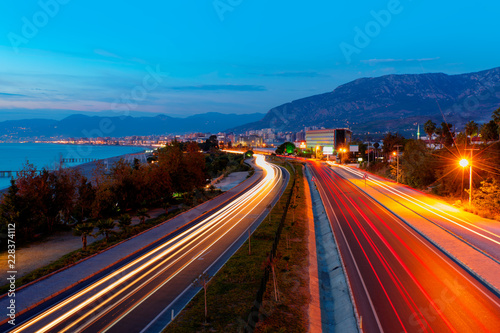 Photographie  Long exposure photo of traffic on the move -Alanya, Turkey
