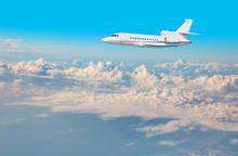 Luxury Design Private Jet Flyi...