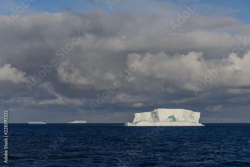 Poster Antarctica Antarctic seascape tabular with iceberg