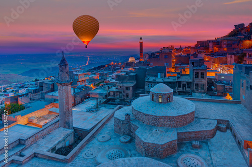 Foto op Canvas Midden Oosten Mardin old town with bright blue sky - Mardin, Turkey