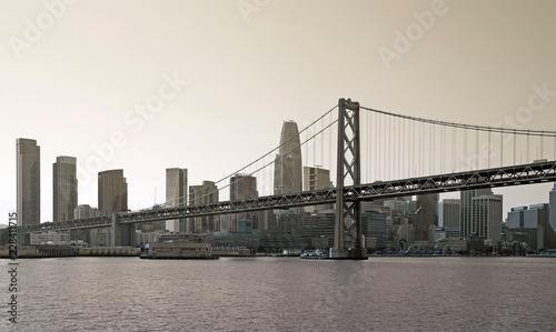 Black and white skyline of San Francisco © gdvcom