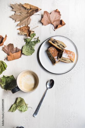 Valokuvatapetti Cappuccino e millefoglie al cioccolato