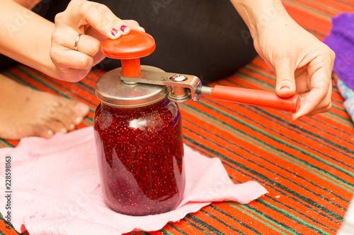 Fotografie, Obraz  raspberry jam