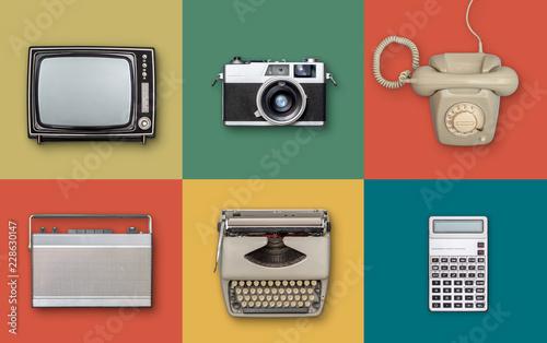 Obraz retro seventies technology background - fototapety do salonu