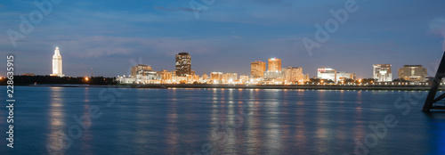 Photo Horizontal composition covering the Mississippi River waterfront and the State C