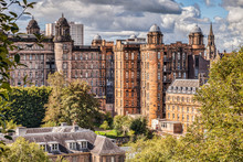 Glasgow Royal Infirmary, Desig...