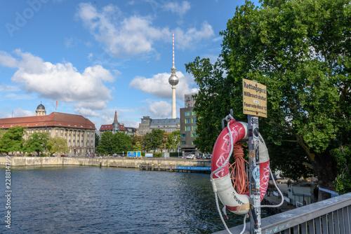 Garden Poster Cathedral Cove Berlino, Germania, centro storico fiume Sprea