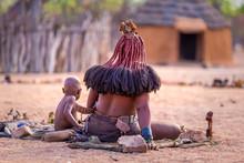Cheveux Femme Tribu Himba Nami...