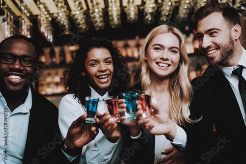 Fotografija  Cocktails. Joyful. Chin-Chin. Girls and Guys.