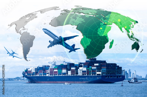 Cuadros en Lienzo business of worldwide cargo transport or global business commerce concept or imp