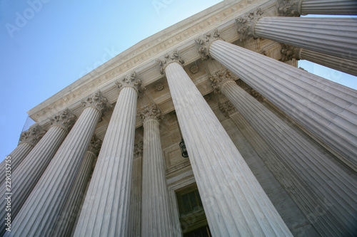 US Supreme Court Building Wallpaper Mural