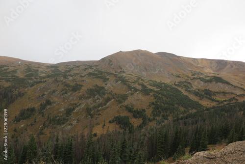 Keuken foto achterwand Grijze traf. view of mountains