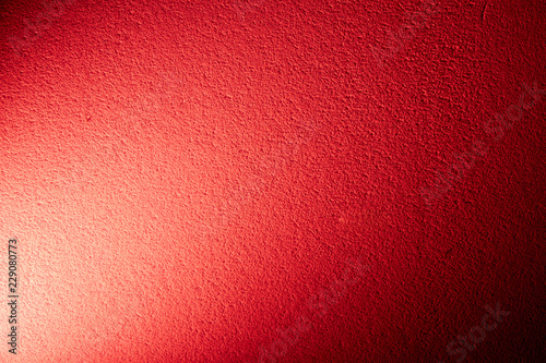 Red background in combination with white light
