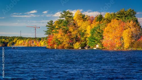Fotografia Autumn Colors in Kearney Lake - Kearney Lake, Nova Scotia, Canada - October 21, 2018