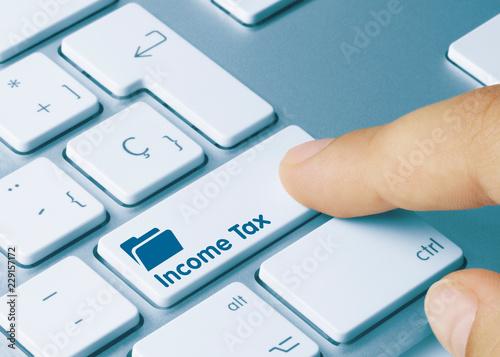 Fotografía  Income Tax