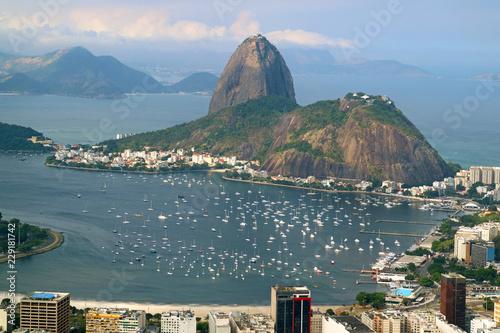 Tuinposter Rio de Janeiro Sugarloaf Mountain or Pao de Acucar, the famous landmark of Rio de Janeiro view from Corcovado Hill in Rio de Janeiro, Brazil