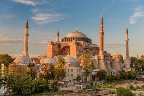 Fotomural Hagia Sophia or Ayasofya (Turkish), Istanbul, Turkey
