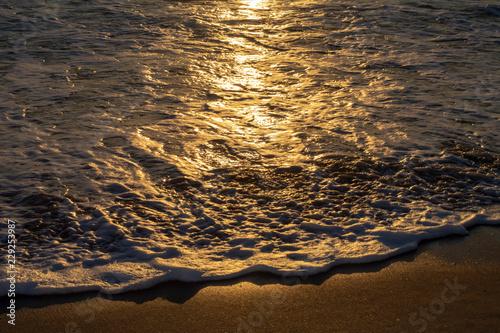 Valokuva Beautiful shoreas it ebbs and flows