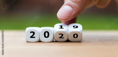Fotografia  Dice symbolize the change to the new year 2020