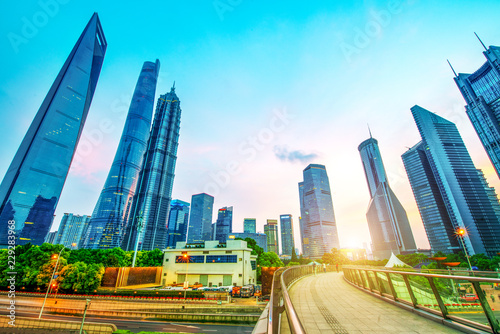 Shanghai skyline and cityscape at sunset Canvas-taulu