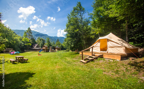 La pose en embrasure Camping Family tent in Adrenaline Check eco resort in Slovenia.