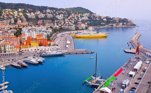 Tuinposter Poort View of the harbour (port) from the Castle Hill, French Riviera. Nice, Cote d'Azur, France