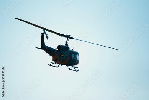 Staande foto Helicopter 自衛隊のヘリコプター