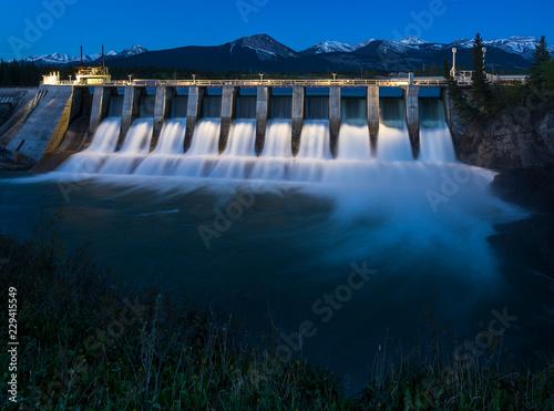 Billede på lærred Seebe Hydroelectric Dam at Night