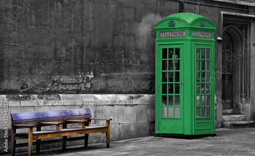 Fotografie, Obraz  Green Phone Booth, London
