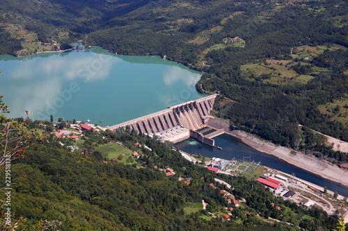 Deurstickers Dam hydroelectric power plant Perucac on Drina river landscape
