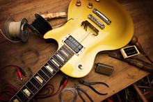 Electric Guitar Repair. Vintag...