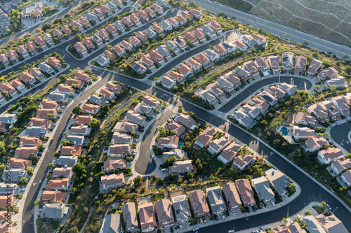 Photo Aerial view of modern cul de sac housing streets in the Porter Ranch area of Los Angeles, California