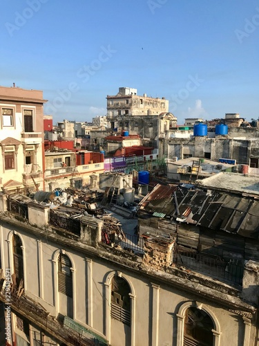 Foto op Canvas Havana Scenic panoramic view in the sunrise morning hours over the roofs of Havana (Habana) city, capital of the Caribbean island of Cuba and a tourist destination with a vintage latin downtown neighborhood