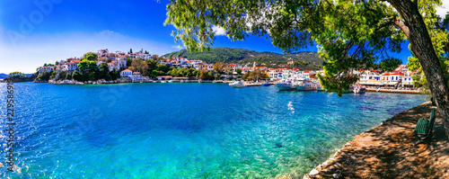 Photo  beautiful greek islands- Skiathos. Northen Sporades of Greece