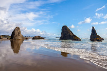 Bandon Beach On A Beautiful Su...