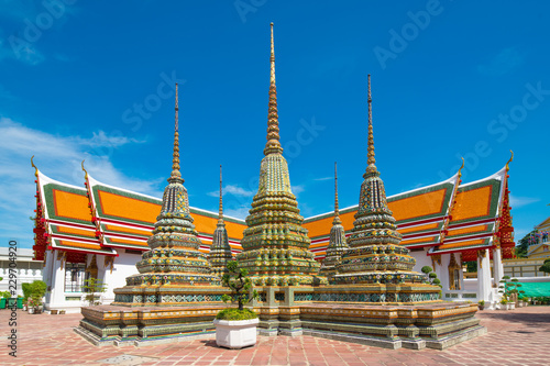 Foto  Thai architecture in Pho temple or Wat Pho in Bangkok, Thailand.