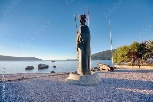 Fotografie, Obraz  Statue of king Stephen Tvrtko I in port of  Herceg Novi, Montenegro